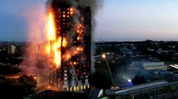 Un gigantesque incendie ravage un immeuble à Londres